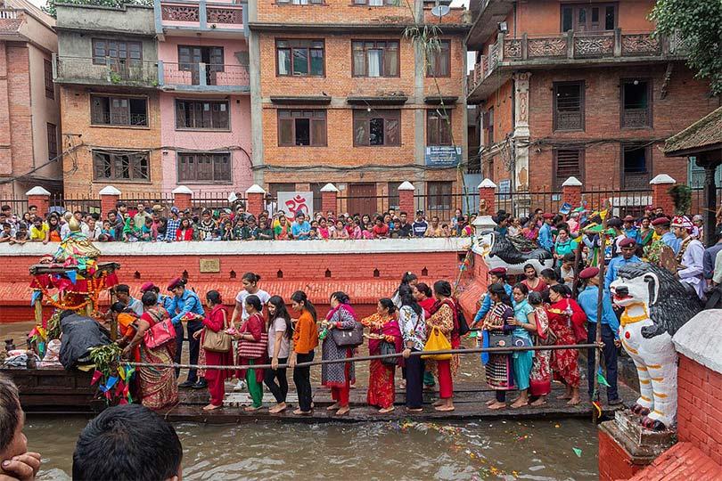 Crowd Queuing Kumbheshwar temple during Janai Purnima
